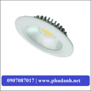 den-downlight-am-tran-PRDEE