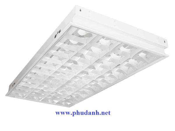 bộ máng đèn tán quang âm trần paragon PRFJ436